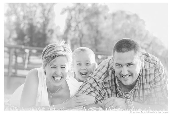 Mark-Umbrella-Family-Photography