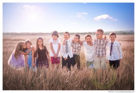 Nine preschoolers photographed by Mark Umbrella